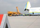 VIDEO, FOTOGALERIE: Jak se nakládal obří Antonov