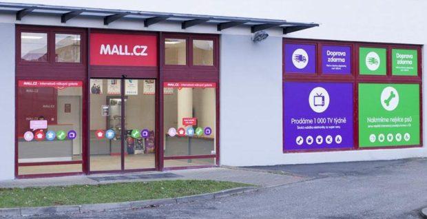 EVA poradí: Mall.cz představuje nového chatbota