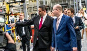 Premiér Sobotka na návštěvě v KION Stříbro