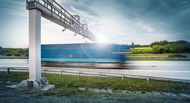 Na mýtném za kamiony se loni vybralo přes 10 miliard