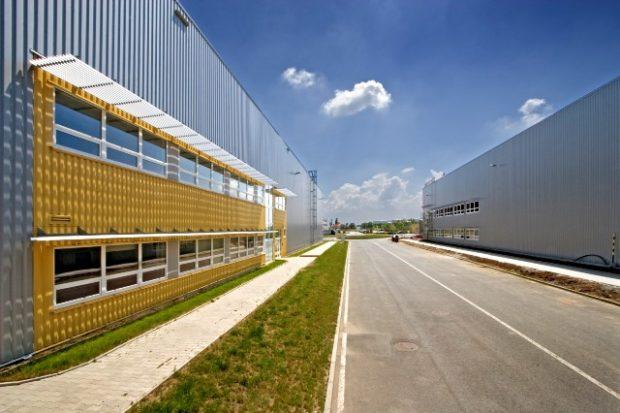 Möbelix otevírá nové prodejny i skladové prostory v Praze a Pardubicích