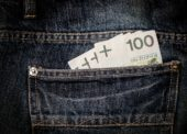 GLOSA: »Bojovníci proti daňovým únikům«