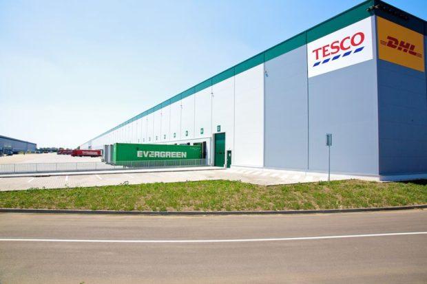 Tesco otevřelo středoevropské distribuční centrum v Prologis Parku u Galanty
