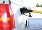 KOMENTÁŘ: Pohonné hmoty zdražují. Cenu ropy ovlivňuje bouře Gordon