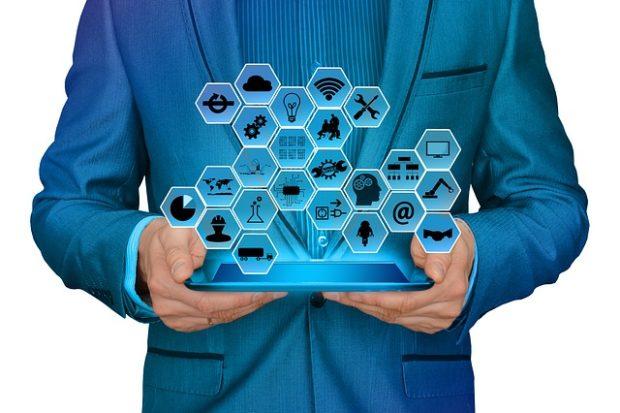 Nová éra partnerství lidí a strojů. Dell představil predikci pro rok 2018
