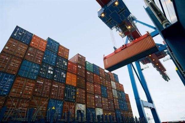 DB Schenker přispívá ke snížení emisí oxidů síry v námořní dopravě