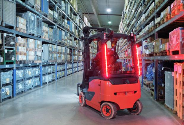 Linde MH představuje nový koncept osvětlení pro vozíky