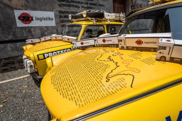 Tam a zase zpátky: Legendární trabanty vyrazily na závěrečný úsek cesty kolem světa