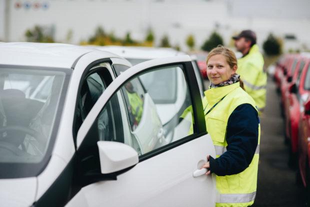 Blíž k městům: GEFCO otvírá sklad hotových vozů v Hostivaři