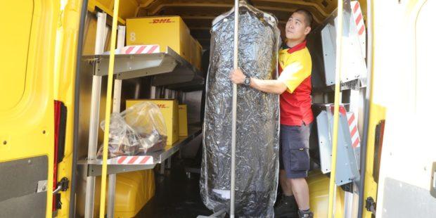DHL realizovala průzkum o módních trendech a jejich paralelách v logistice