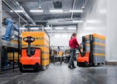 Toyota MH představuje inovované paletové vozíky a zakladače