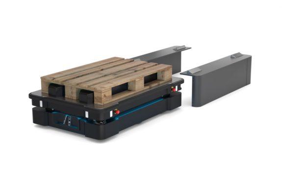 MiR uvádí na trh mobilního robota pro přepravu těžkých nákladů