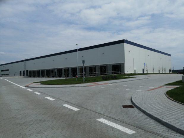 Raiffeisen investiční společnost koupila dvě budovy v průmyslové zóně u Nýřan