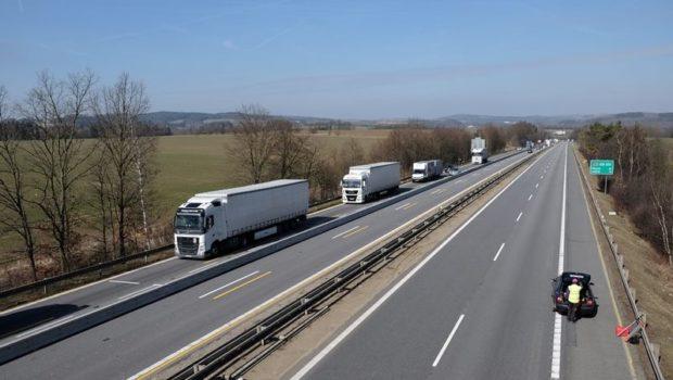 Ministerstvo dopravy chystá opatření pro zlepšení situace na D1