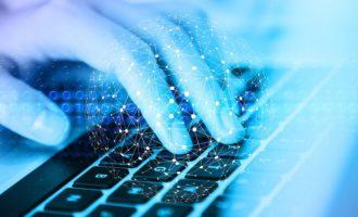 GLOSA: »Kyberbezpečnost popelkou?«