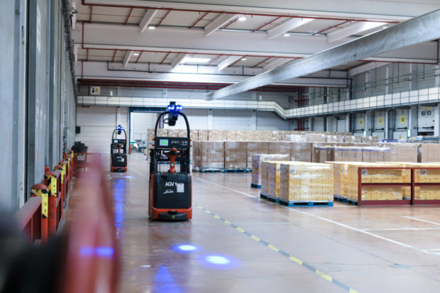 Drony i ergoskeletony. FM Logistic inovuje pro efektivnější a bezpečnější práci ve skladech