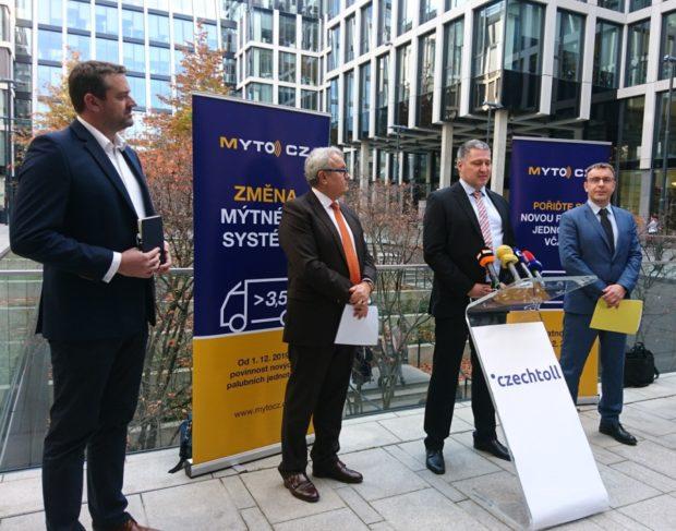 Do nového mýtného systému se dosud zaregistrovalo jen 5 % malých dopravců
