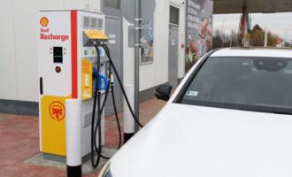 Shell spouští rychlonabíjení elektromobilů v Maďarsku, Česko bude následovat