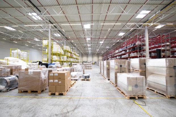 DB Schenker zajišťuje logistické služby pro obalovou firmu Pebal
