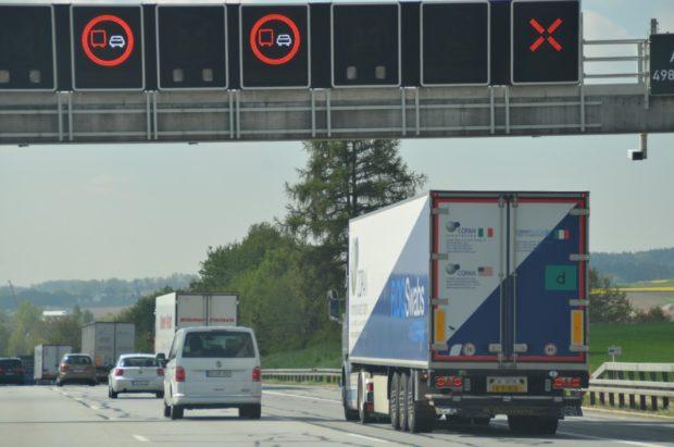 Prodloužené splatnosti mýtného mohou využít dopravci pro 208 tisíc vozidel