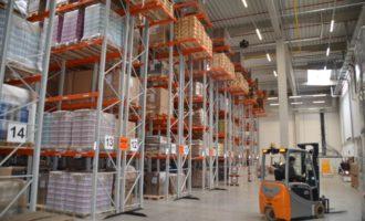 E-commerce zvyšuje poptávku po skladových prostorách a nájmy v nich