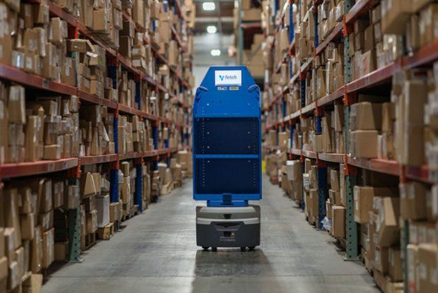 Autonomní roboti ušetří tisíce hodin neproduktivní skladové práce ročně