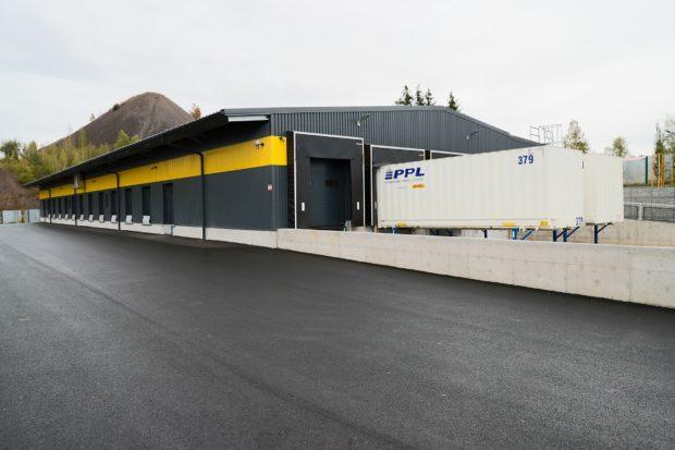 PPL otevřelo v Příbrami nové depo, odbaví až 4500 zásilek denně