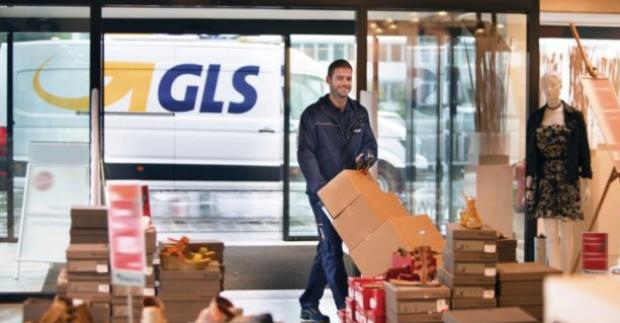 Průzkum odhalil velké rozdíly v kvalitě infolinek zásilkových přepravců
