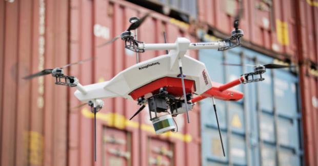 Od ledna platí nová pravidla pro létání s drony. Provozovatele čeká registrace, piloty testy