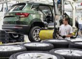 Autoprůmysl tahounem ekonomiky i v covidové době