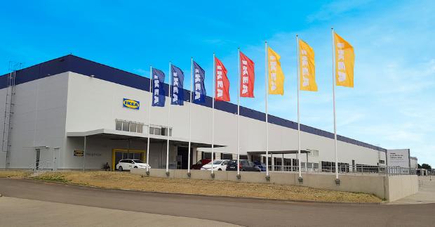 V moderním kabátě a Brňanům blíže. Ikea otevře nový výdejní sklad u brněnského letiště